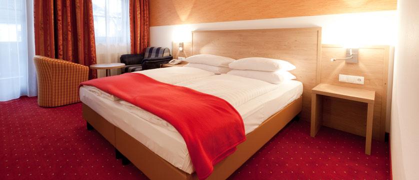 Hotel Postwirt, Söll, Austria - bedroom interior.jpg